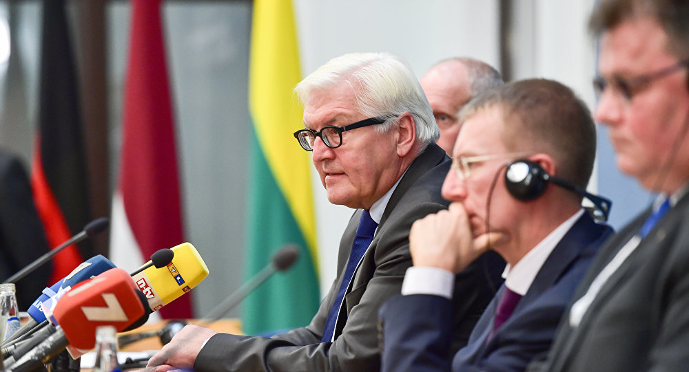 (L-R) Estonia's Foreign Deputy Minister for EU Affairs Matti Maasikas, Germany's Foreign Minister Frank-Walter Steinmeier, Latvia's Foreign Minister Edgars Rinkevics and Lithuania's Foreign Minister Linas Linkevicius give a press conference after the Baltic and German Foreign Ministers meeting in Riga, on September 13, 2016